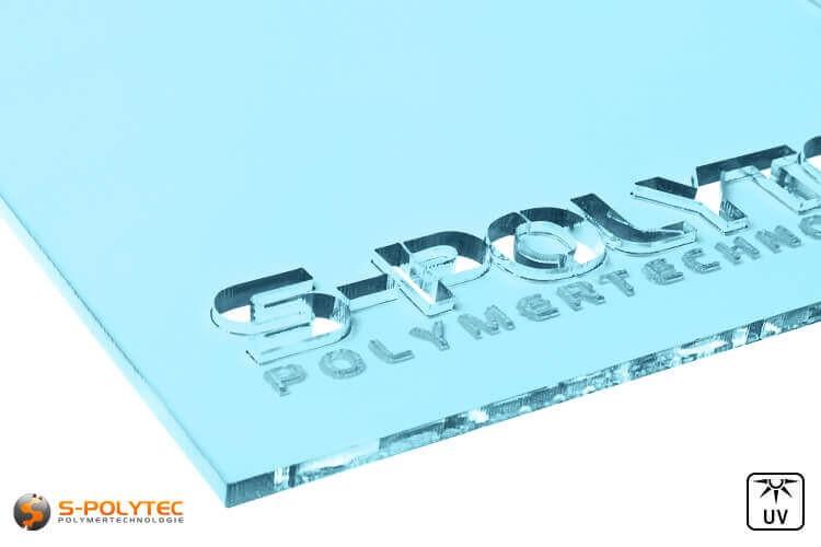 Acrylglas hellblau durchsichtig im Laserzuschnitt