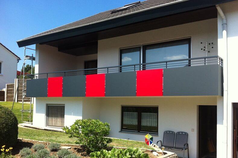 balkonverkleidung oder balkon sichtschutz wir zeigen ihnen die m glichkeiten s. Black Bedroom Furniture Sets. Home Design Ideas