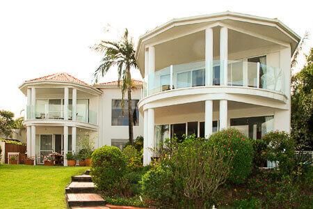 balkonverkleidung oder balkon sichtschutz im berblick im blog von s polytec. Black Bedroom Furniture Sets. Home Design Ideas