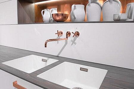k chenr ckwand und spritzschutz aus kunststoff statt herk mmlicher fliesen im blog von s polytec. Black Bedroom Furniture Sets. Home Design Ideas