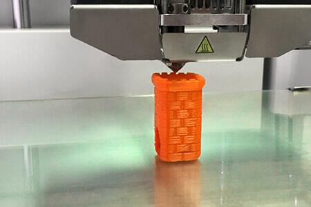 3D-Drucker im FDM Verfahren für 3D-Druck-Filamente beim Druck